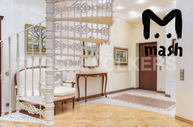 Семья Арашуковых продает элитную квартиру в Санкт-Петербурге (10 фото)