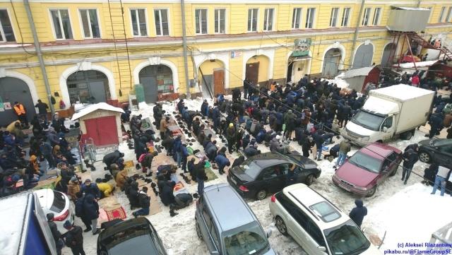 Полдень в Санкт-Петербурге (3 фото)