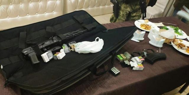 В Крыму задержали Мурада Саидова, заместителя постоянного представителя Рамзана Кадырова (7 фото)