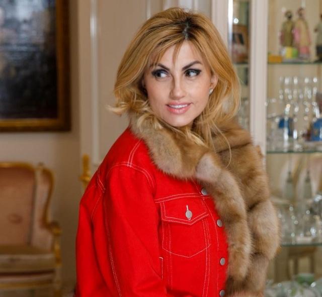 Тульский сенатор Дмитрий Савельев потратил более 10 миллионов рублей на юбилей жены (2 фото + видео)