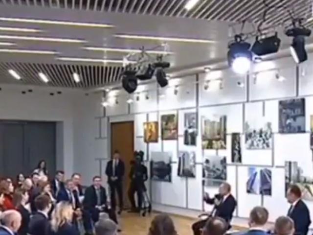 """Владимир Путин: """"Рустам Минниханов? Не отвлекайся, чё ты!"""""""