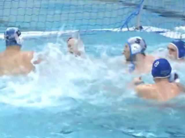 Массовая драка время матча Суперлиги по водному поло