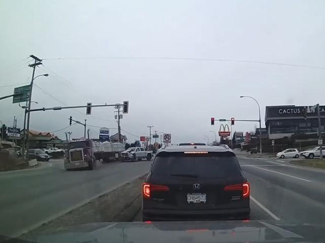 Когда из-за одного водителя на дороге страдают другие