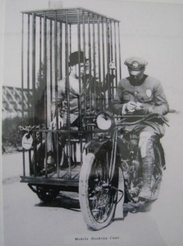 Архивные фото и моменты из прошлого (20 фото)
