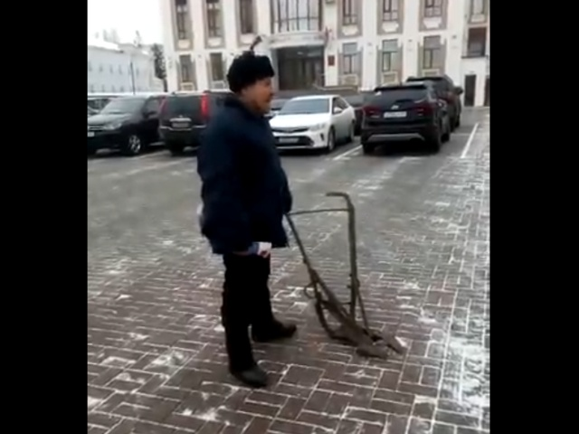 """Тамбовский """"крестьянин с сохой"""""""