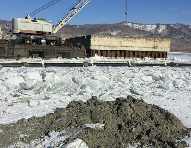 Воду из озера Байкал будут откачивать для экспорта в Китай и Южную Корею (6 фото + видео)