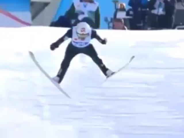 Идеальное приземление, но не очень удачное завершение прыжка в исполнении Томаса Маркенга
