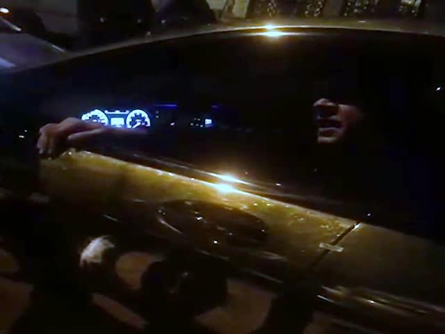 Полиция задержала пьяного Александра Емельяненко за рулем его золотистого Mercedes-Benz