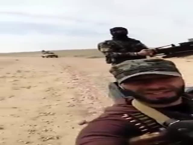 Никогда не знаешь, что произойдет, когда делаешь селфи в Сирии