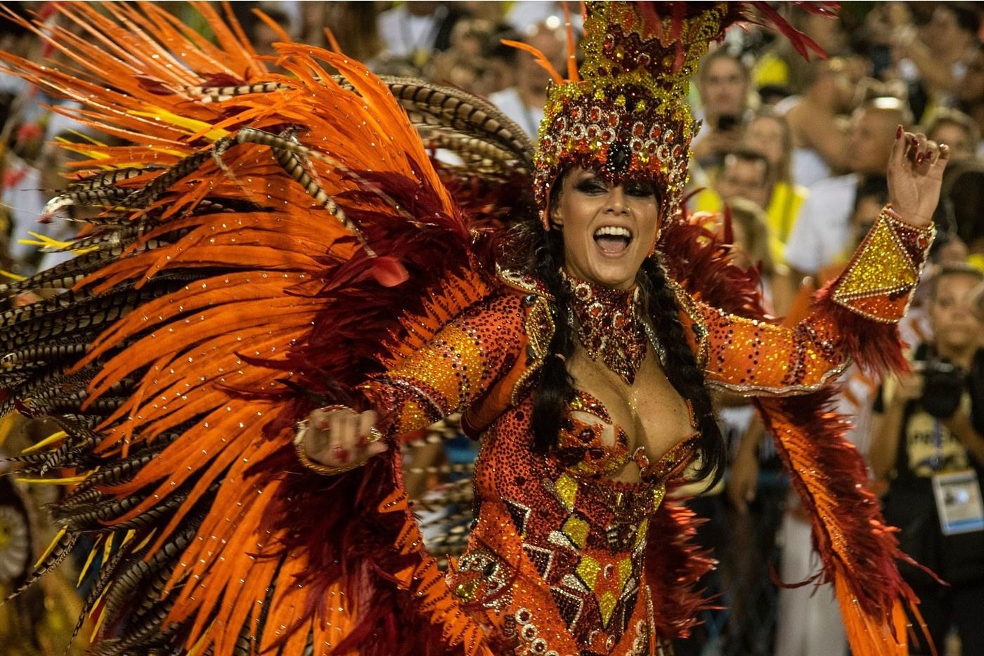 кто широкоформатные фото с бразильского карнавала менее, еще