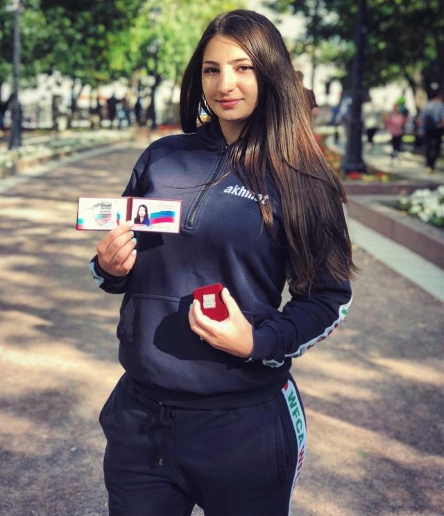 Лиана Джоджуа стала третьей россиянкой в UFC (14 фото)