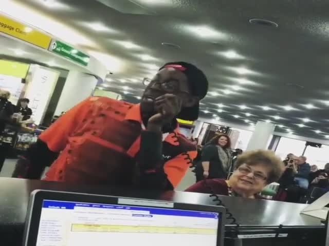 Битбоксер решил развлечь пассажиров в аэропорту