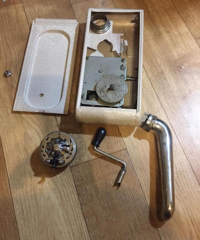 Старинная вещь, найденная на чердаке (7 фото + видео)