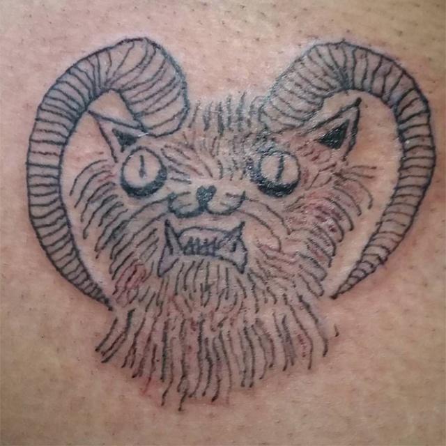 Странные татуировки от бразильского мастера Хелены Фернандес (20 фото)