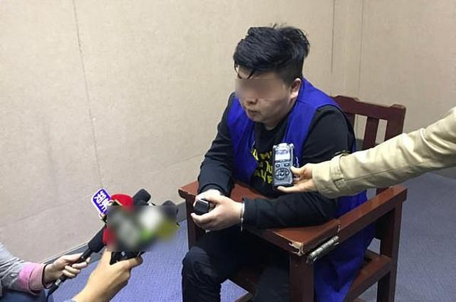 Китайский мошенник соблазнил и обокрал более 20 женщин (5 фото)