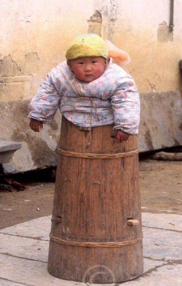 Угадайте, для чего в Китае использовались такие бочки? (4 фото)