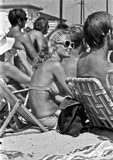 Калифорнийский пляж 50 лет назад (29 фото)