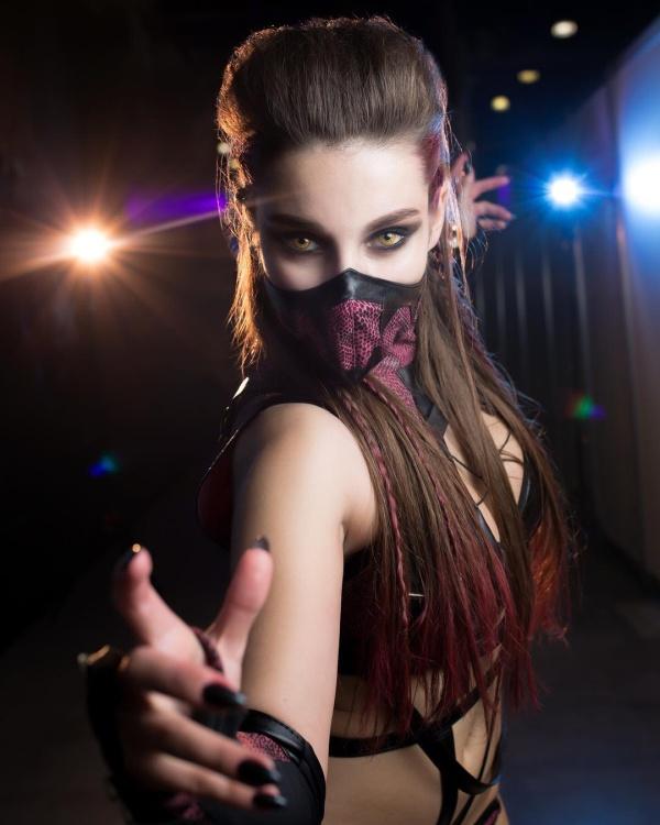 Таня Коробова в образе Милины из Mortal Kombat (7 фото)