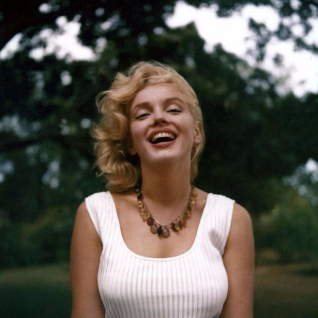 Архивные снимки знаменитостей (25 фото)