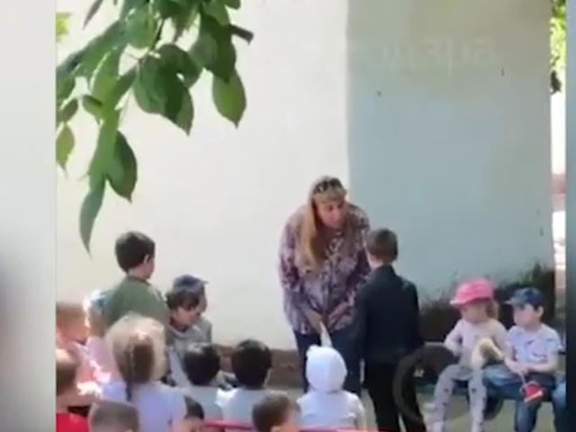 Заведующая детского сада в Краснодаре издевается над ребенком