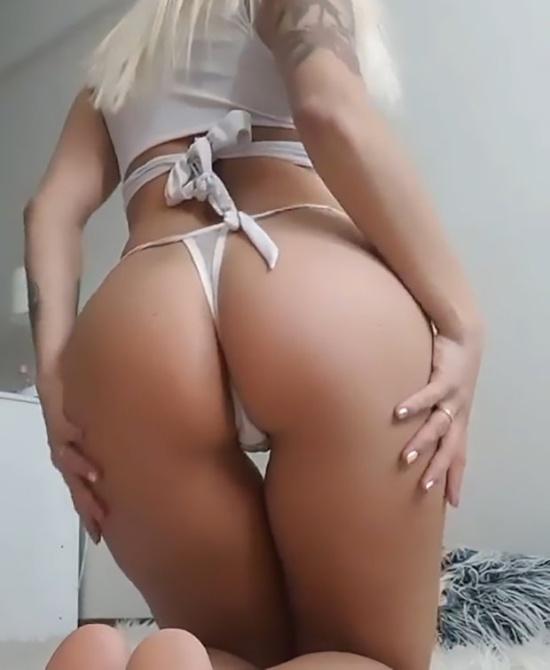 В Аргентине чиновницу Соню Пеллиццари уволили за продажу интимных фото и видео (12 фото)