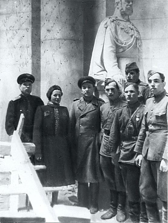 Архивные фотографии: Май 1945 года (20 фото)