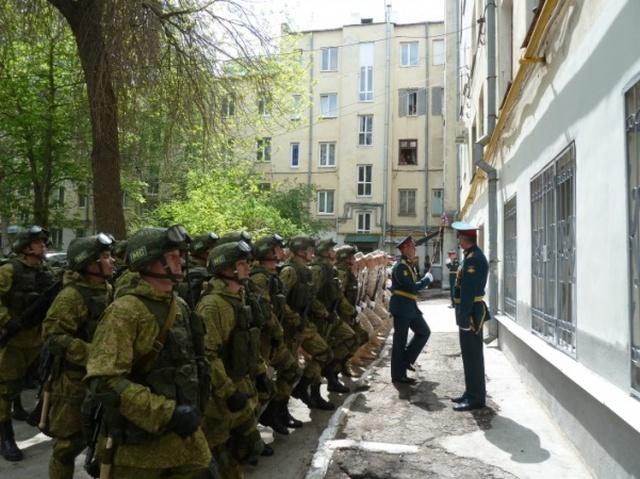 Индивидуальный мини-парад Победы для ветеранов из Самары (3 фото + видео)