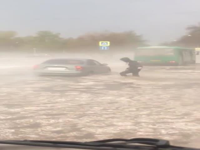 Наводнение в Екатеринбурге из-за сильного ливня