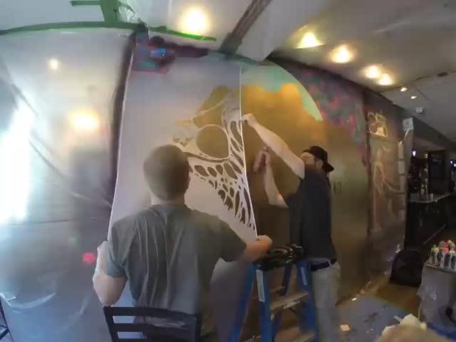 Необычный способ создавать граффити