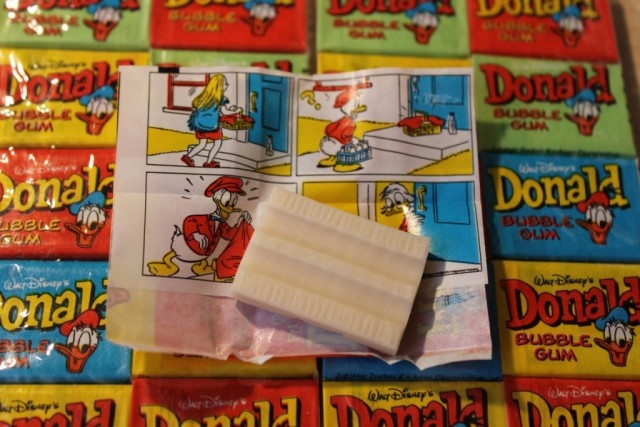 Как фантики от жвачек стали детской валютой в конце 80-х и начале 90-х годов (17 фото)