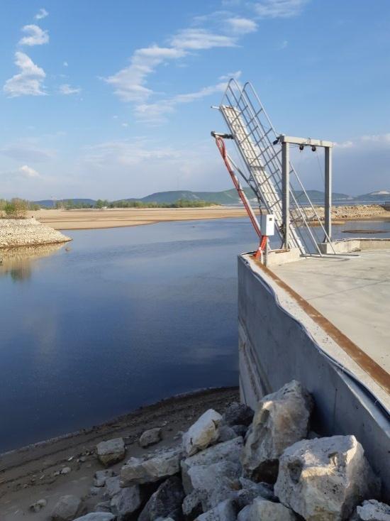 В Волге - нет воды. Фотографии из Тольятти (9 фото)