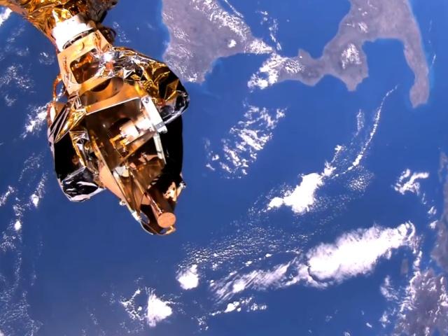 Первое видео из космоса в высоком разрешении, снятое спутником