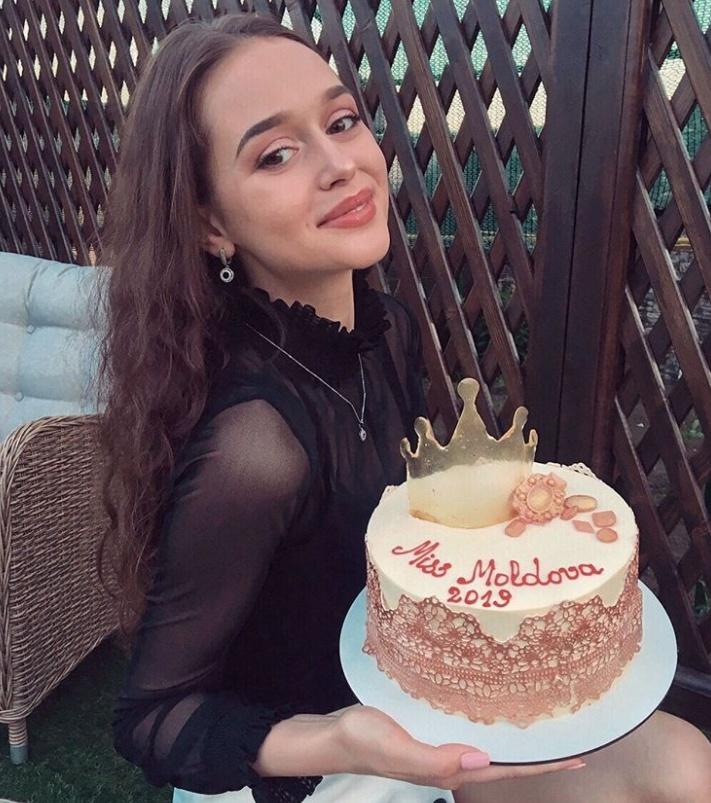 """Елизавета Кузнецова - новая """"Мисс Молдова-2019"""" (18 фото)"""