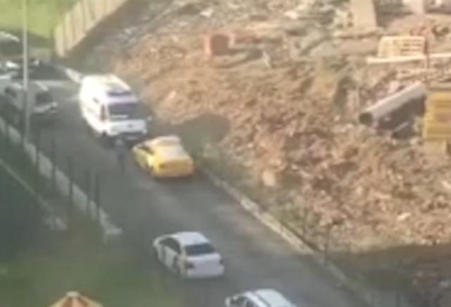 Таксист напал на фельдшеров скорой помощи