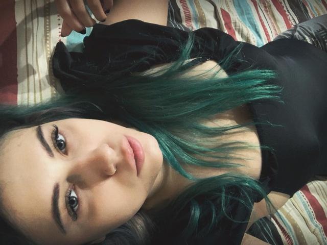 Погибла звезда киберспорта Лилия Новикова (Лия). Ее обнаженное тело нашли в собственной квартире (21 фото)