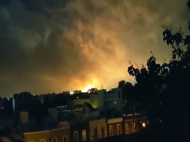 Мощный пожар на НПЗ в Филадельфии после серии взрывов