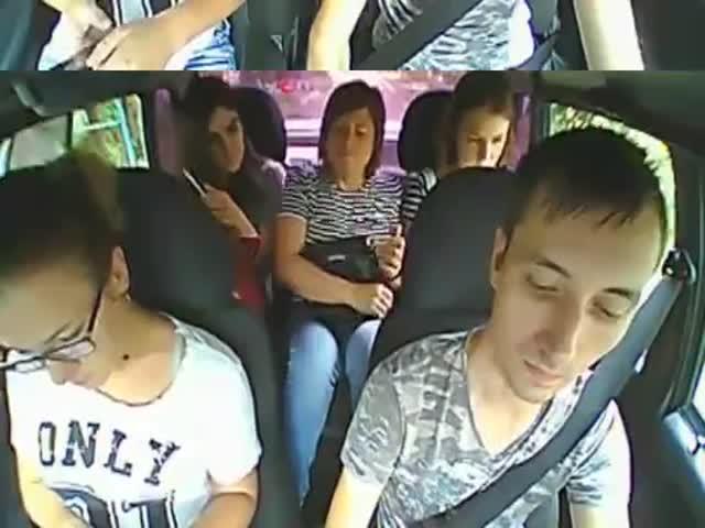 Таксист, который очень не любит запаха чеснока