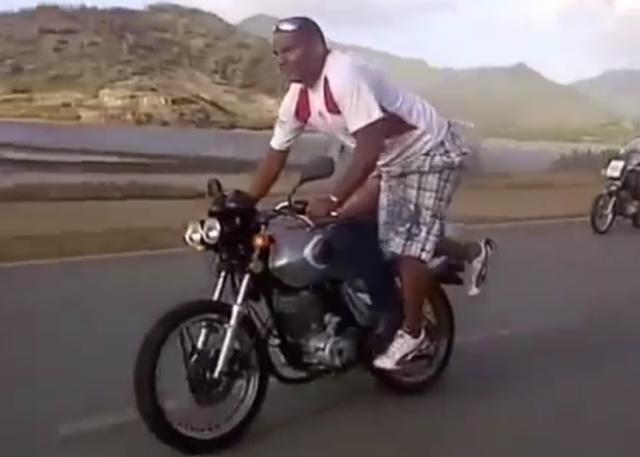 Трюк на мотоцикле пошел не по плану
