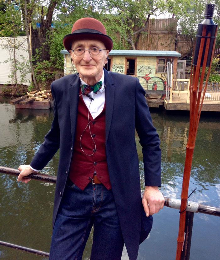 104 летний модник из Германии