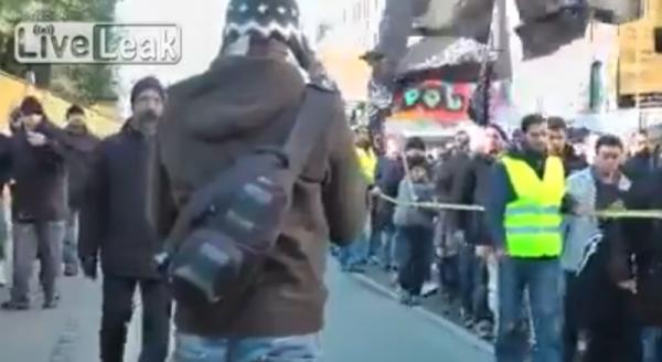 Мусульмане прошлись по улицам Дании, требуя создать халифат