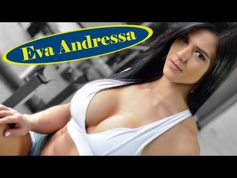 Потрясающая фитнес-модель с отличной фигурой Ева Андресса Виейра