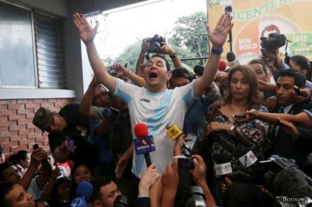 Комик Джимми Моралес стал новым президентом Гватемалы