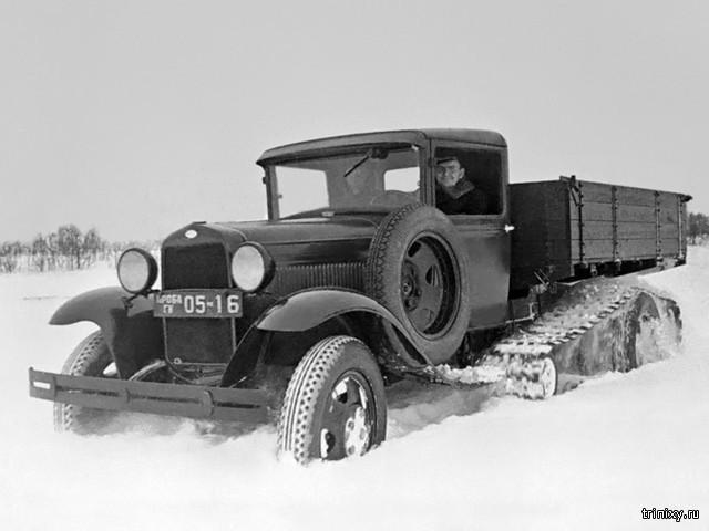 Опытный гусеничный автомобиль ГАЗ-65 \
