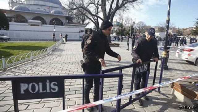 После взрыва в Стамбуле полиция Турции задержала троих россиян