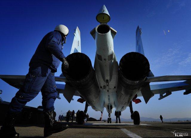 Сверхманевренные самолеты Су-35С усилили авиабазу под Владивостоком (ФОТО)