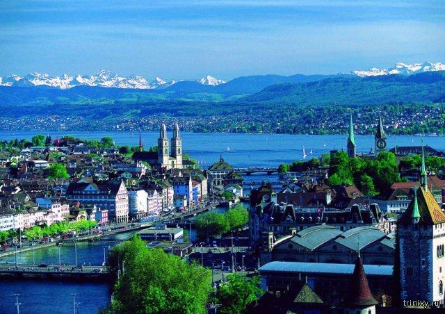 В Швейцарии планируют выплачивать 2250 евро каждому гражданину страны