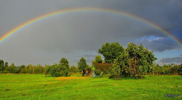 Домик в деревне и красивая радуга:)