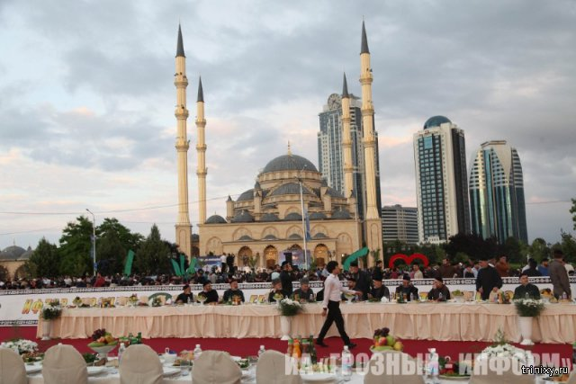 Самый массовый в России ифтар прошел в Грозном