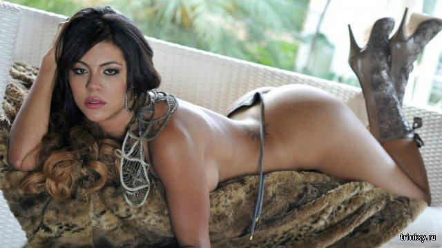 Горячая модель Aline Bernardes