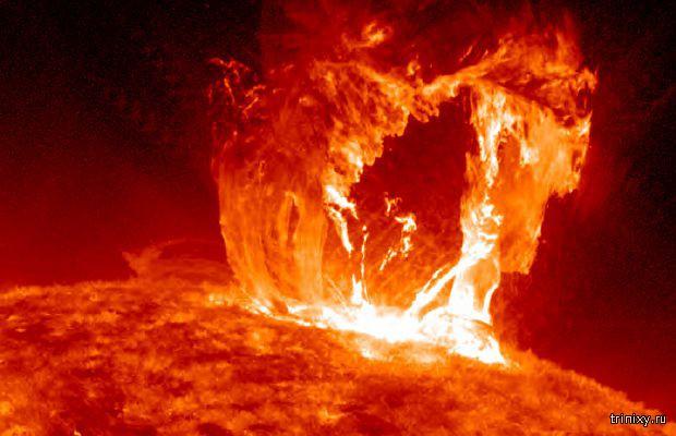 Вспышка на Солнце, названная «плевком Сатаны»